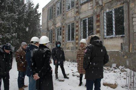 Янина Павленко ознакомилась с ходом капитального ремонта детского сада «Ивушка»